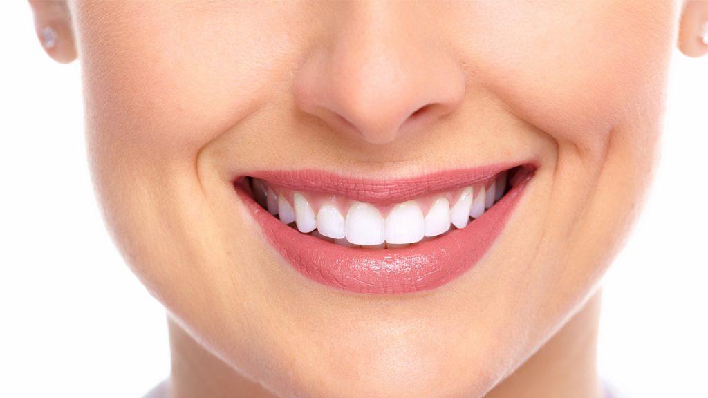 alinhamento-dentes-saude-holodontia